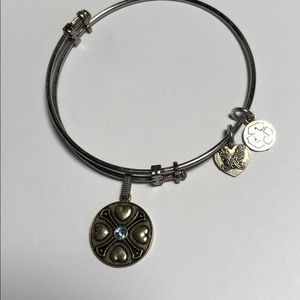 Bracelet with Aquamarine March Symbol